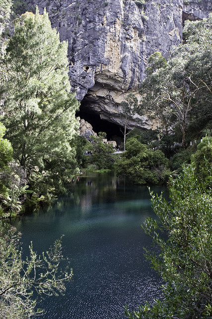 BLUE LAKE Jenolan Caves Blue Mountains. not my photo but Mine was exactly the same on slides.
